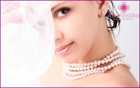 Natürliche Make-up Braut