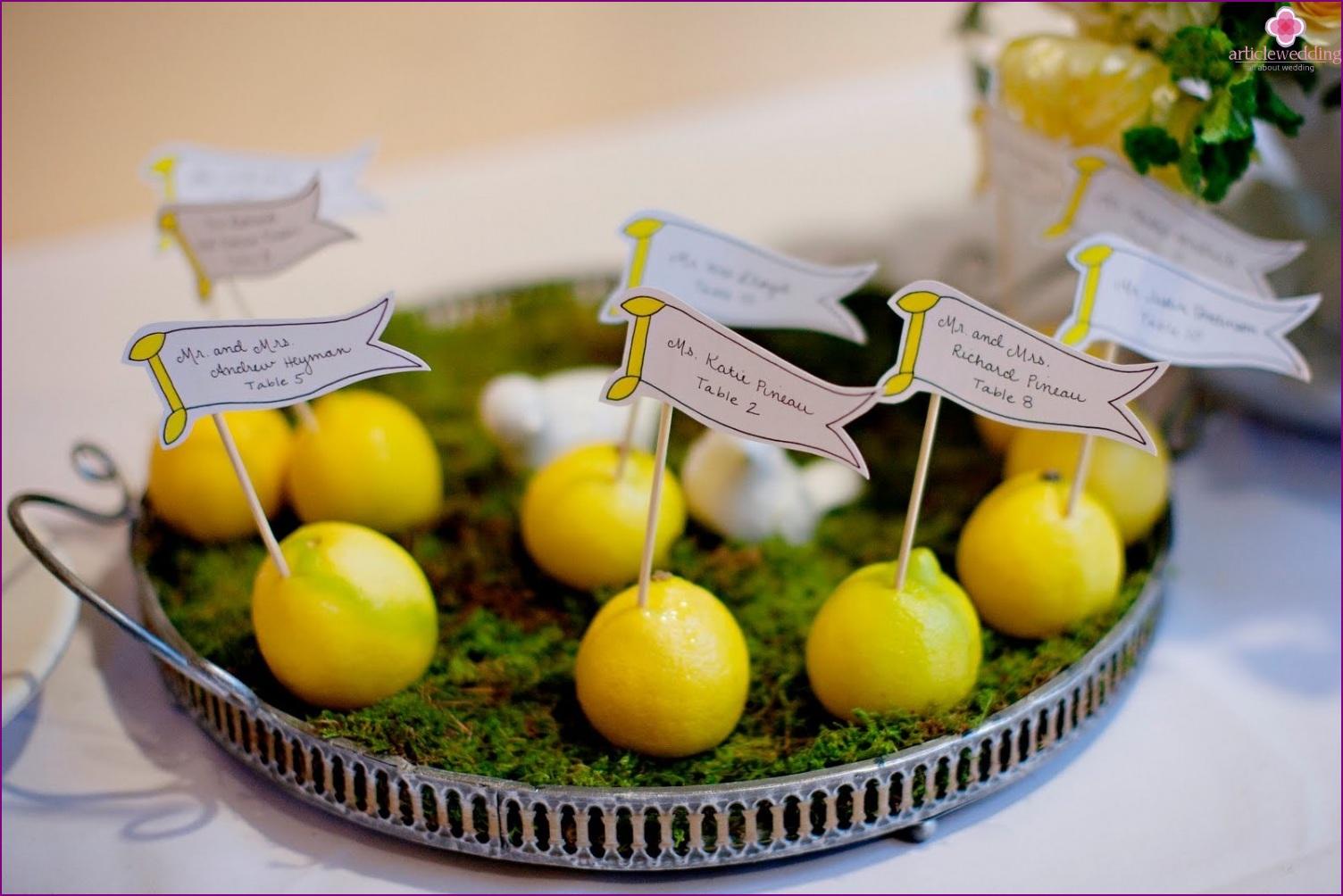 Banquet cards of lemons