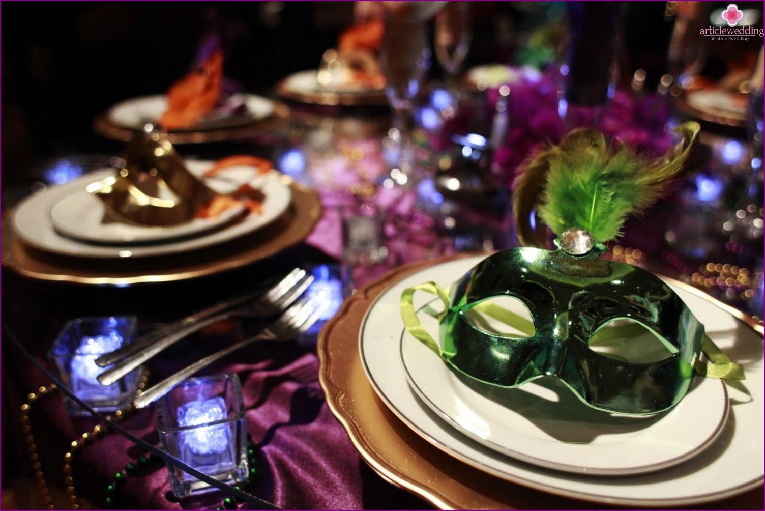 Masquerade style table decor