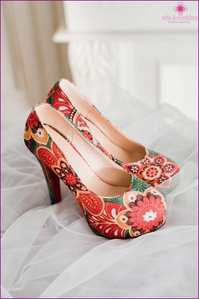 Bright wedding shoes