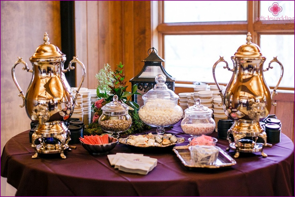 Sweets for a coffee candybar at a wedding