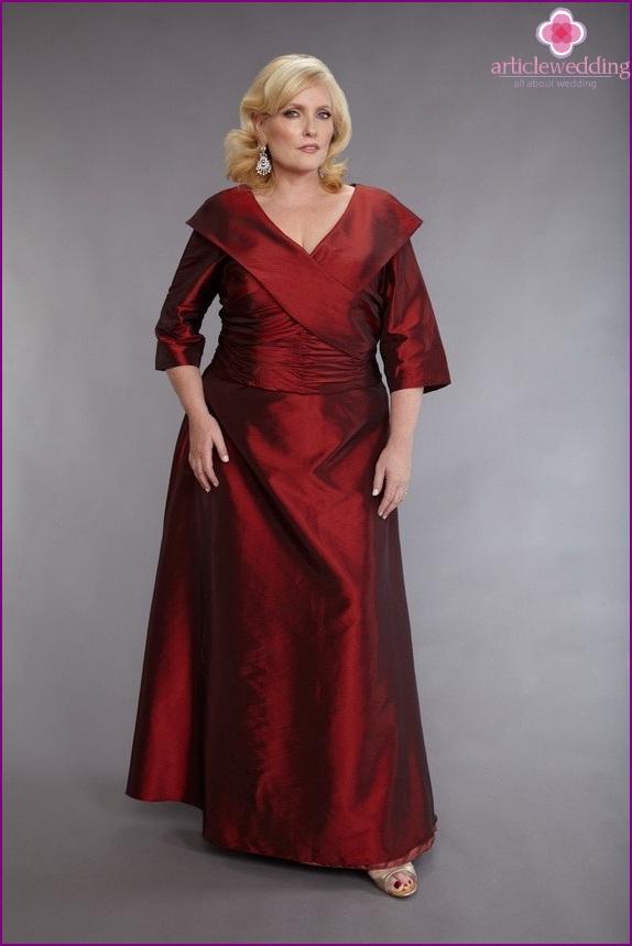 Long suit for a fat woman