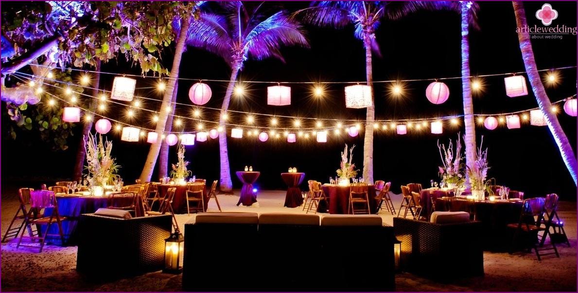 Wedding banquet on the beach