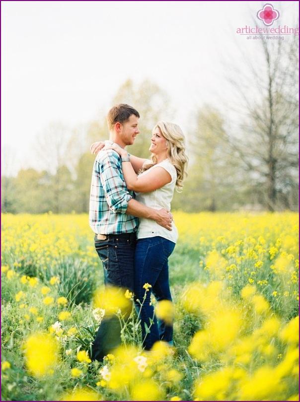 Love story in a flowering field