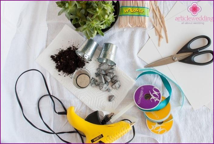 Materials for creating bonbonnieres