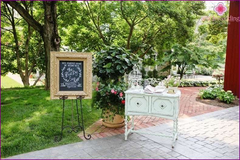 Welcome zone at the wedding