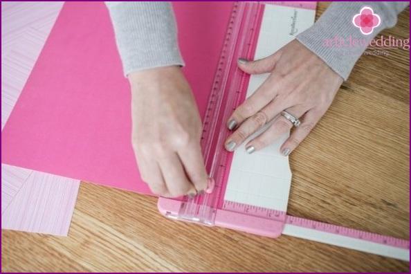 Machen Sie vier Quadrate unterschiedlicher Größe