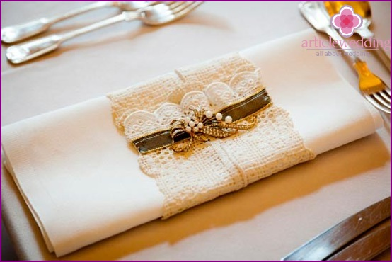 Napkins for a lace wedding