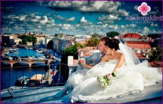 Rooftop wedding photo shoot