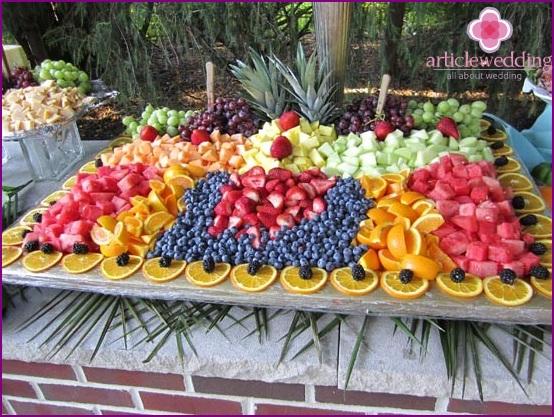 Fruit wedding in nature
