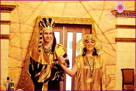 Ancient Egyptian style wedding