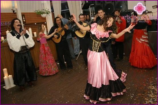 Gypsy style wedding
