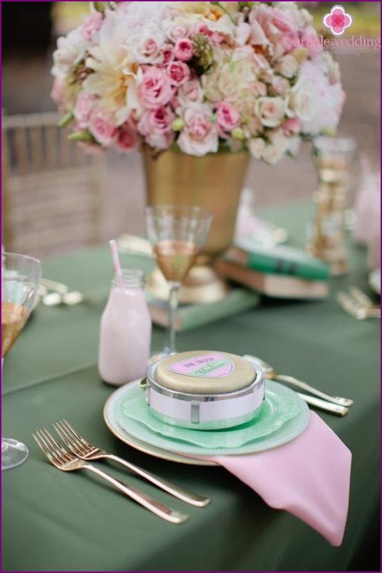 Mint color banquet table wedding decoration