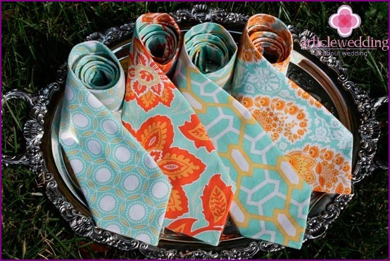 Mint ties for the groom