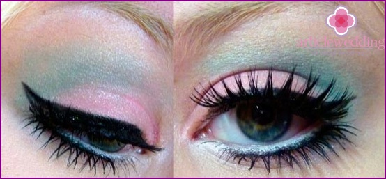 Bright wedding makeup with mint tones