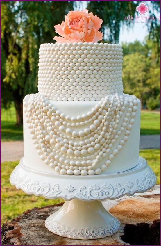 Imitation Pearl Cake