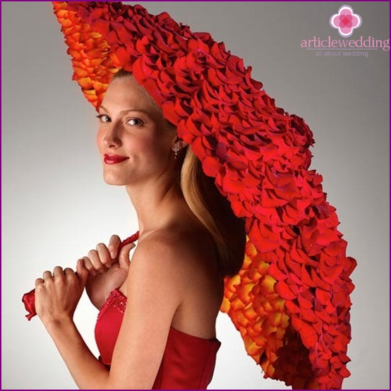 Accessory for photo shoot - umbrella with roses