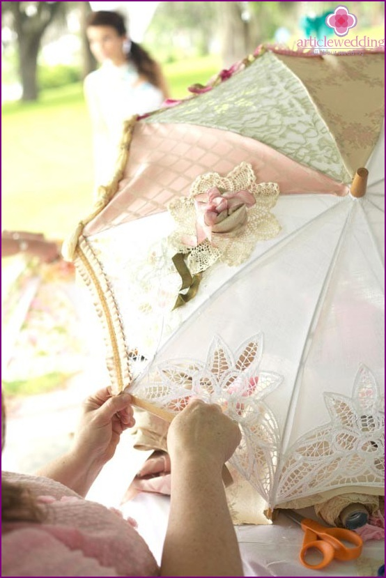 Wedding umbrella decorated with embroidery and lace
