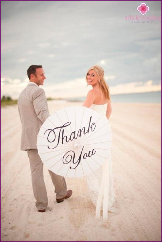 Hochzeitsaccessoire - ein Regenschirm mit der Aufschrift