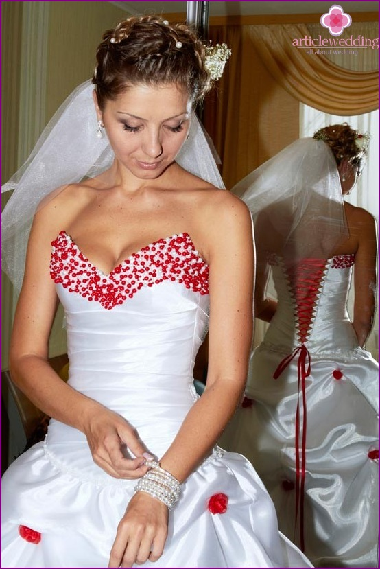 Wedding dress in white and red style