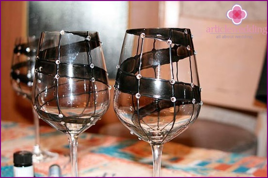 Wedding glasses of guests