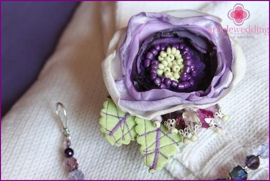 Lilac hairpin