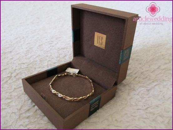 Bracelet for wife