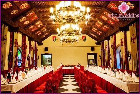 Bankettsaal im Ritterstil