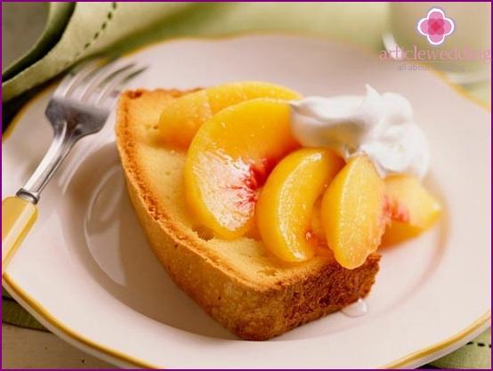 Wedding dessert with peaches