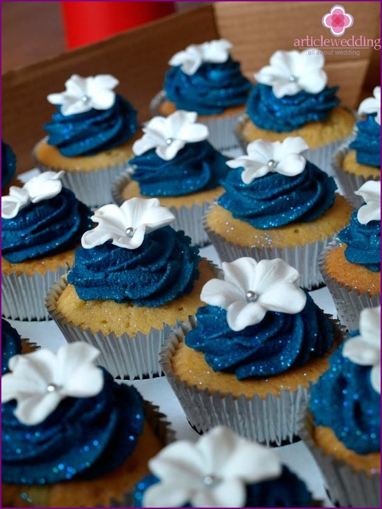 Cupcakes for Candy Bar