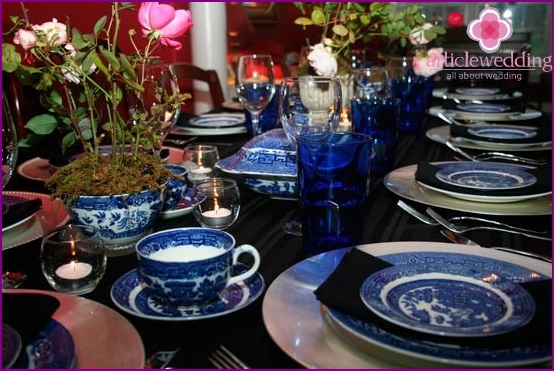 Table setting with porcelain blue and white dishes