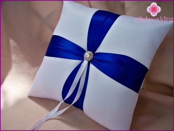 Crystal Ring Pillow