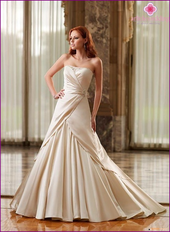 Graceful lightness of the bride