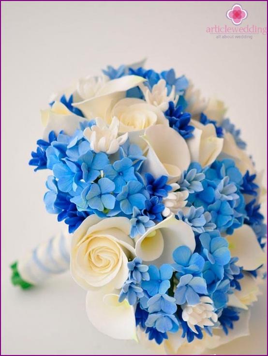 Delicate bridal bouquet