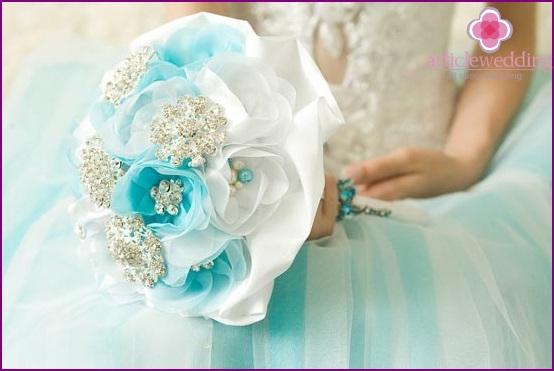 The original bouquet of the bride