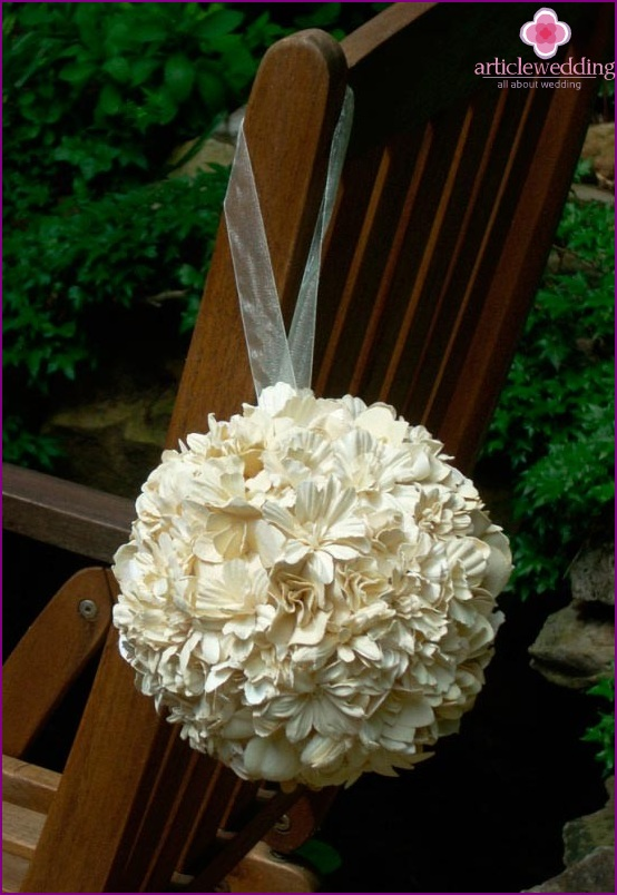 Hochzeitsball für Stuhl