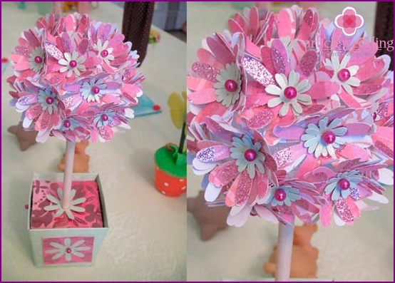 Blumenball für einen Hochzeitsbaum