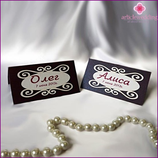 Original cards for seating guests