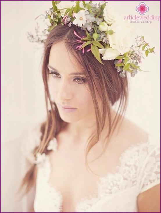 Romantic bride wreath