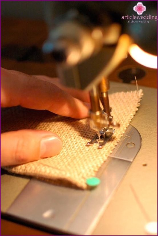Sew the edges of a future pouch