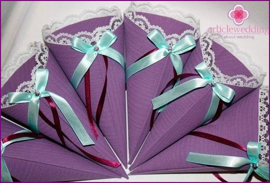 Purple pouches for petals