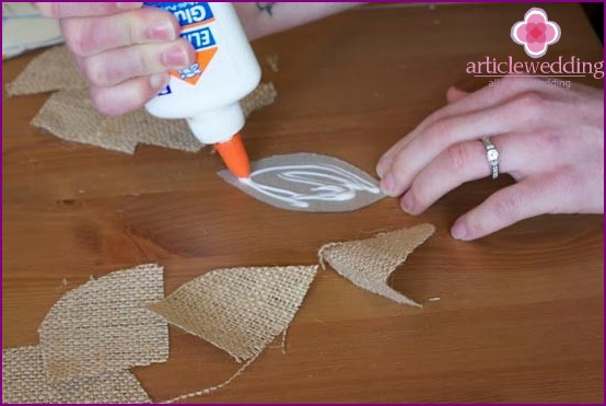 A layer of glue on cardboard