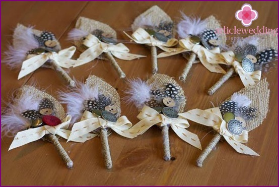 Ready-made buttonholes