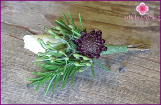 Rustic style boutonniere