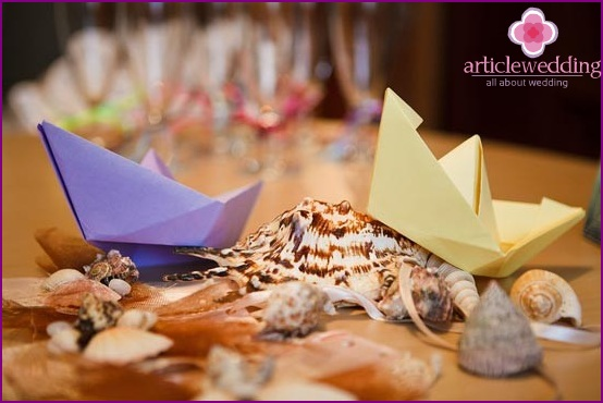 Colored boats for a sea wedding