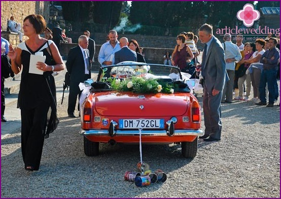 Creative wedding transport