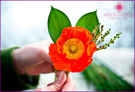 Ready boutonniere with poppy seeds