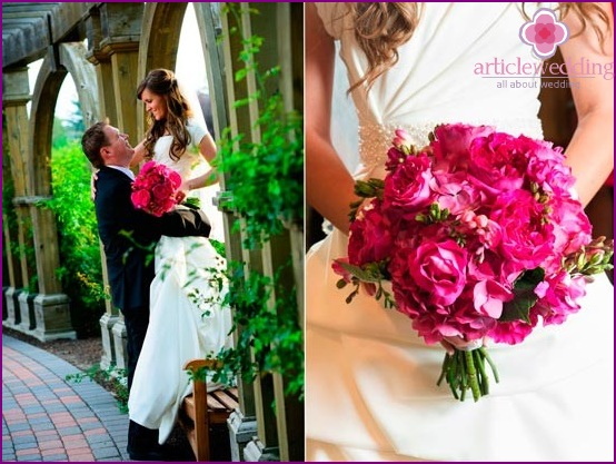 Fuchsia Floral Fantasy Hochzeit