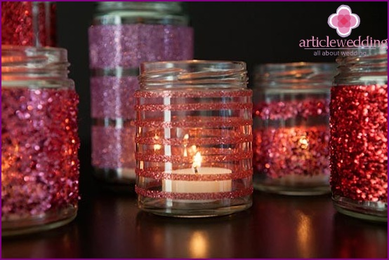Charming sparkle candle holder