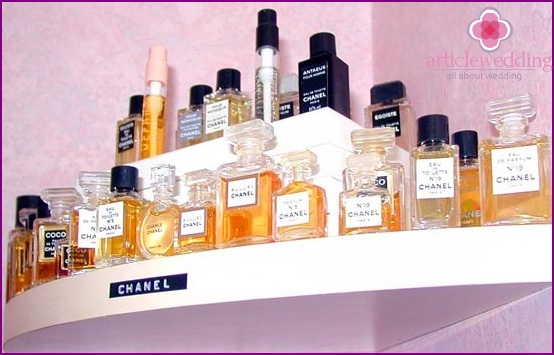 Large selection of perfumes for the bride
